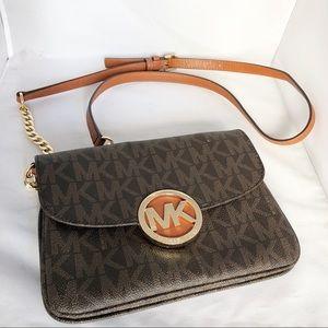 Michael Kors Crossbody Logo Wallet On Chain Bag